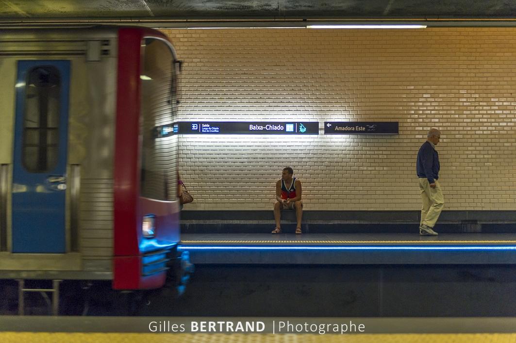 LISBONNE - Dans le metro