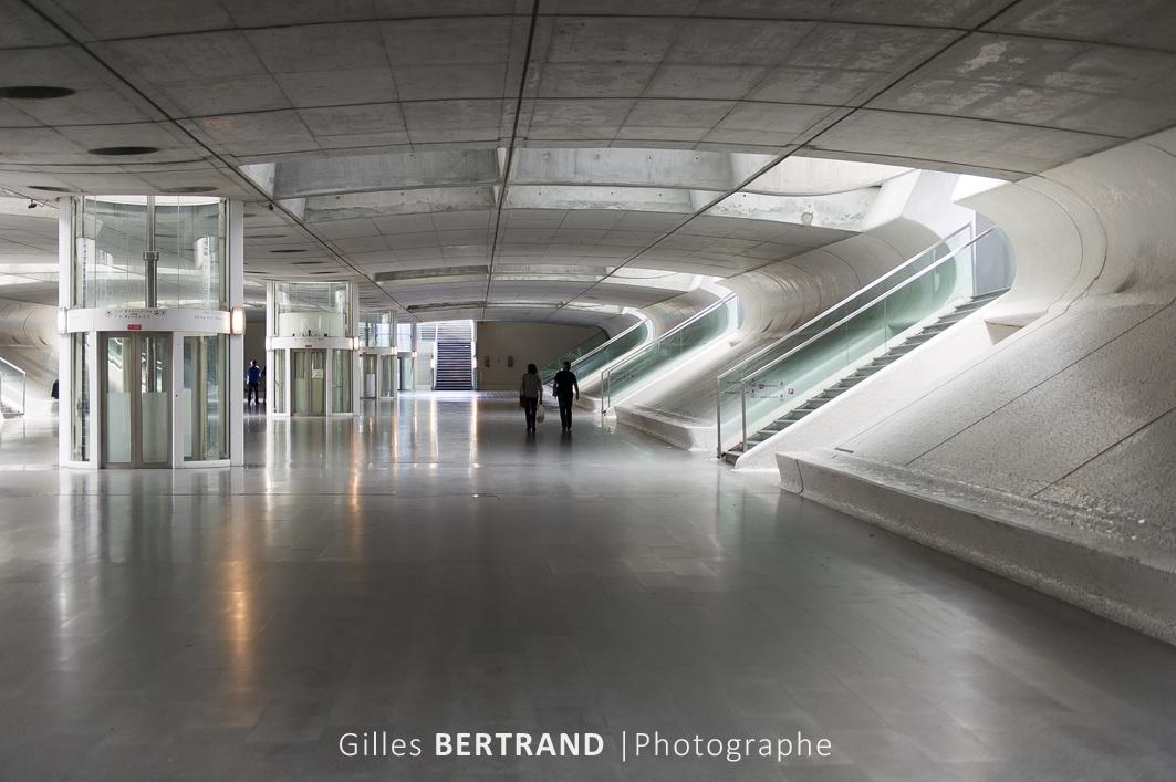 LISBONNE - Hall de la gare d'Oriente dans le nouveau quartier des Nations