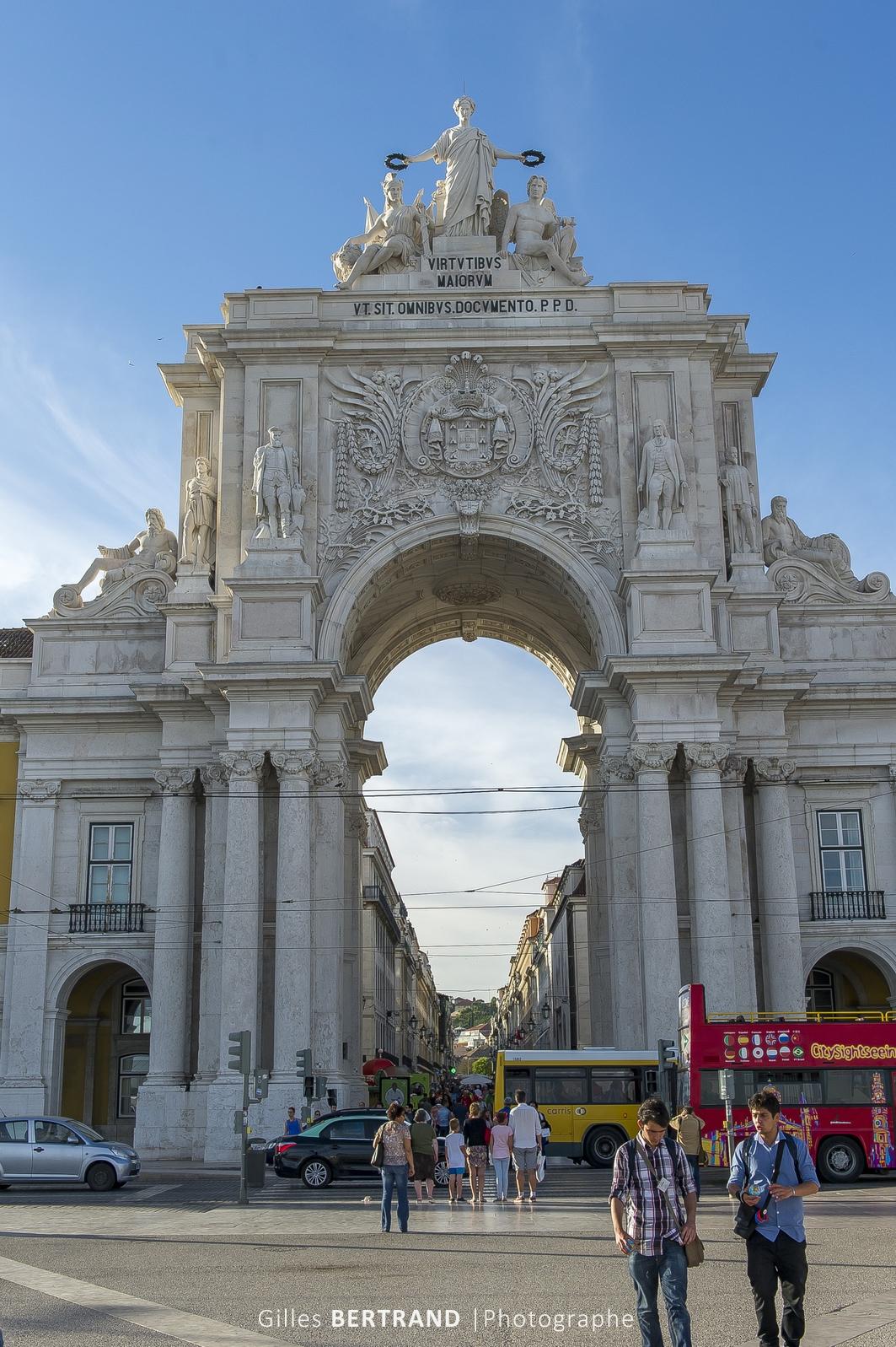 LISBONNE - La place du commerce, praça do comersio