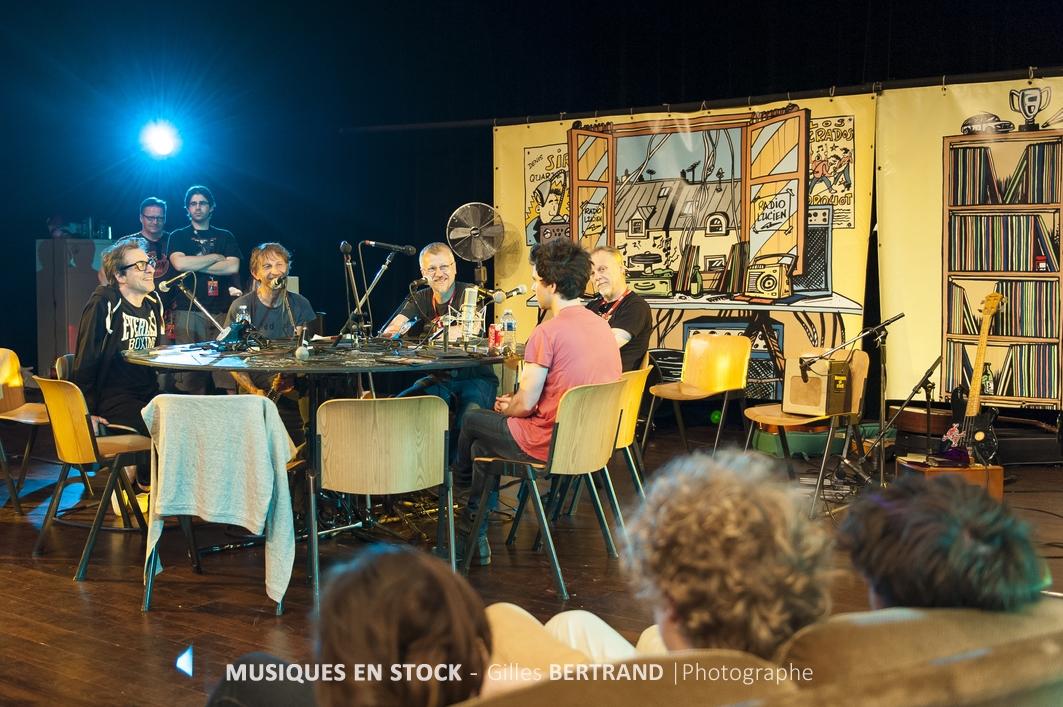 PHOTOGRAPHIE RADIO LUCIEN MUSIQUE EN STOCK