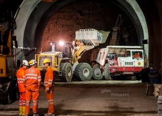 CHANTIER EXTRACTION TERRE TUNNEL CEVA GENEVE