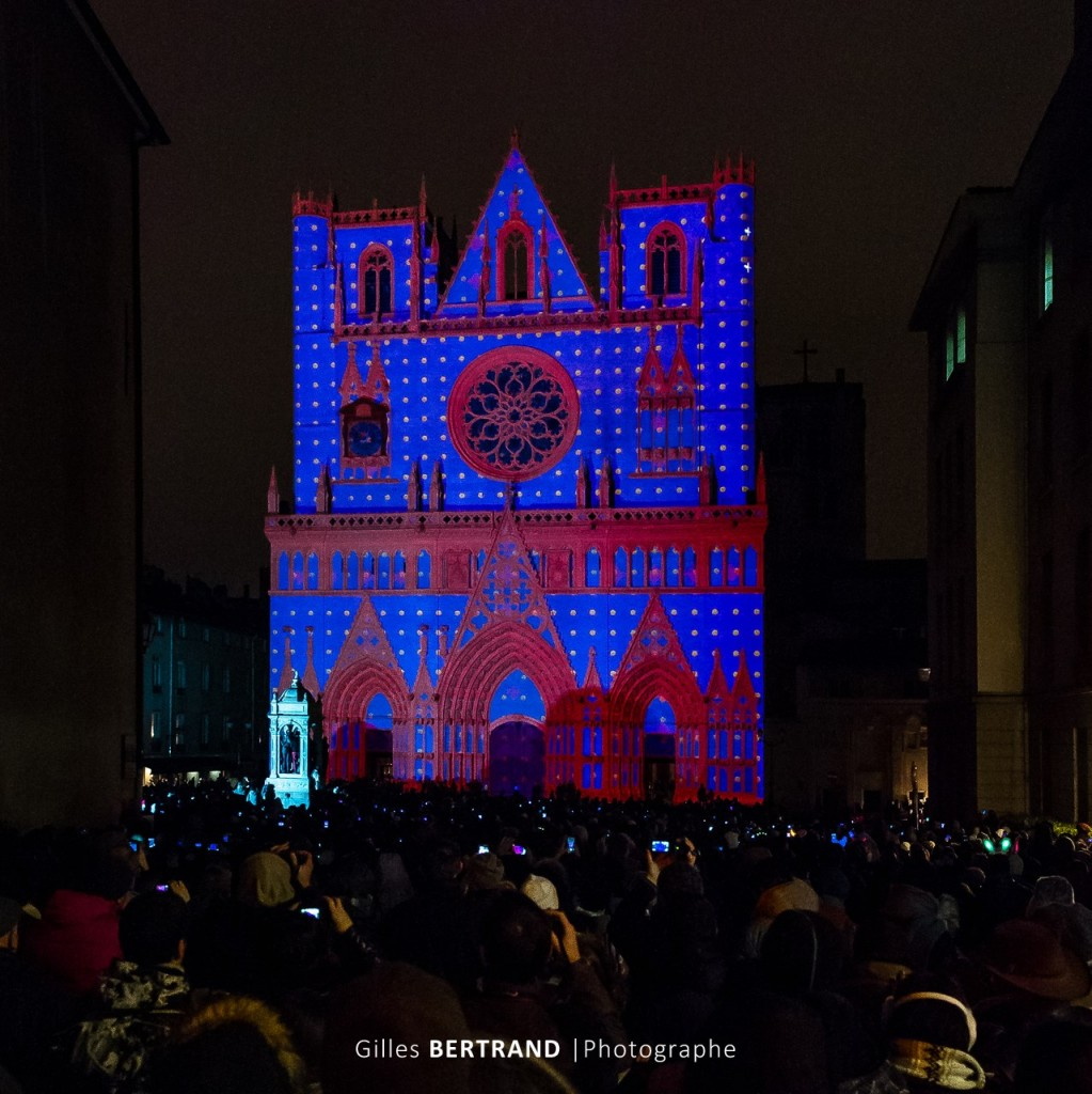 FETE LUMIERES LYON COLOR OR NOT CATHEDRALE SAINT JEAN