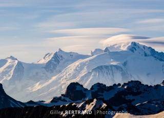 levé du soleil sur les alpes, le mont blanc, au grand bornand le 16 juin 2013, photo Gilles BERTRAND